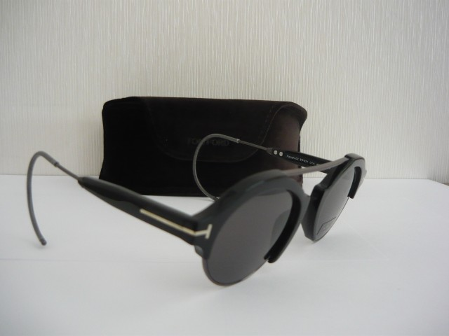 Tom Ford Sunglasses FT0631 49 01A