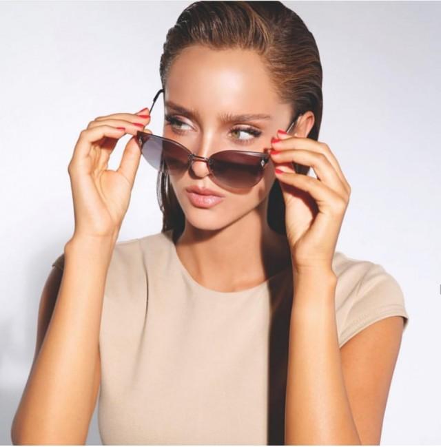 Изберете слънчеви очила, които пасват на лицето ви, избягвайте евтини слънчеви очила