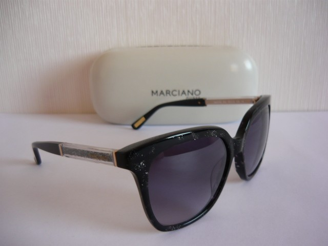 Guess by Marciano Sunglasses GM0769 05C 54