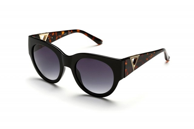 Guess Sunglasses GU7496-S 01B 53
