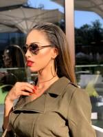 Качествените слънчеви очила не трябва да се носят само през лятото! <br> Есента идва и с нови брандове: Kardashian Kollection sunglasses limited edition, S. Oliver, Oxydo, очила Sisley, Fossil, Esprit, DKNY, Thierry Mugler, подаръчни компелекти Pier Cardin и много други на същата аутлет цена!